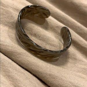 Marble swirled gray bracelet